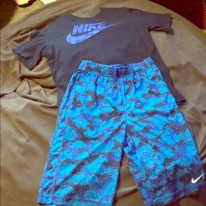 Nike boys t-shirt and shorts outfit